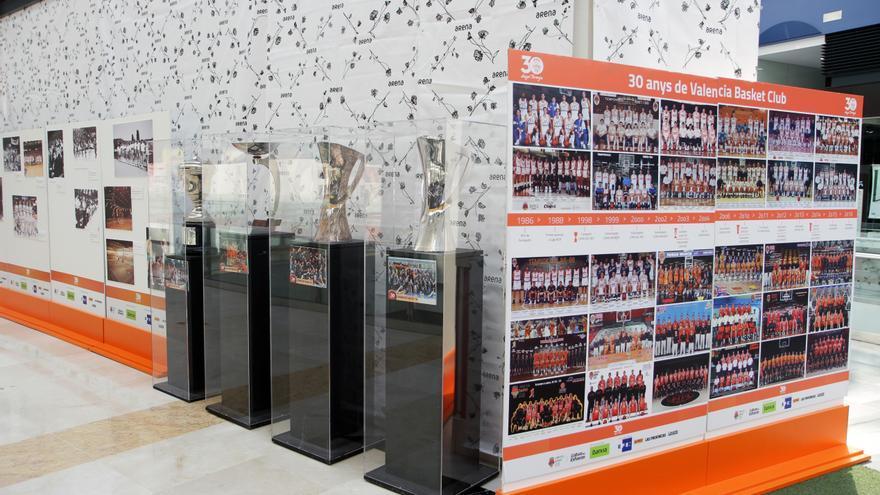 L'exposició del 30 Aniversari del València Basket arriba al Centre Comercial Arena.