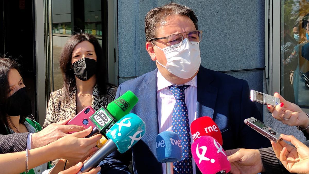 El consejero de Sanidad de Extremadura, José María Vergeles