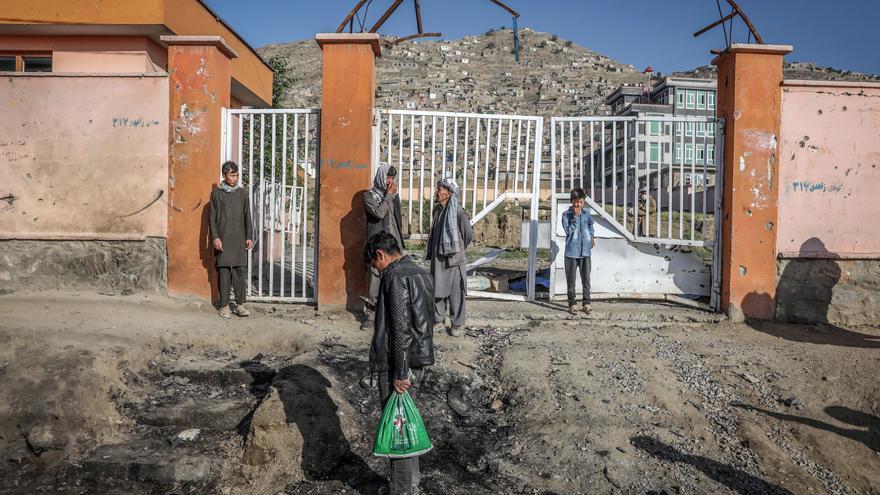 Se elevan a doce los muertos en una explosión en Afganistán el segundo día de tregua