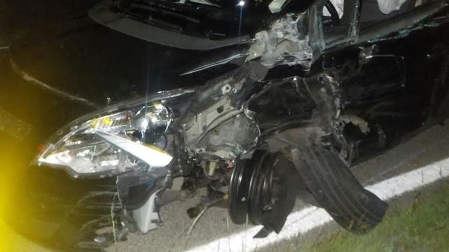 Imputada una conductora que, tras embestir su coche contra un camión, cuadriplacaba la tasa de alcoholemia
