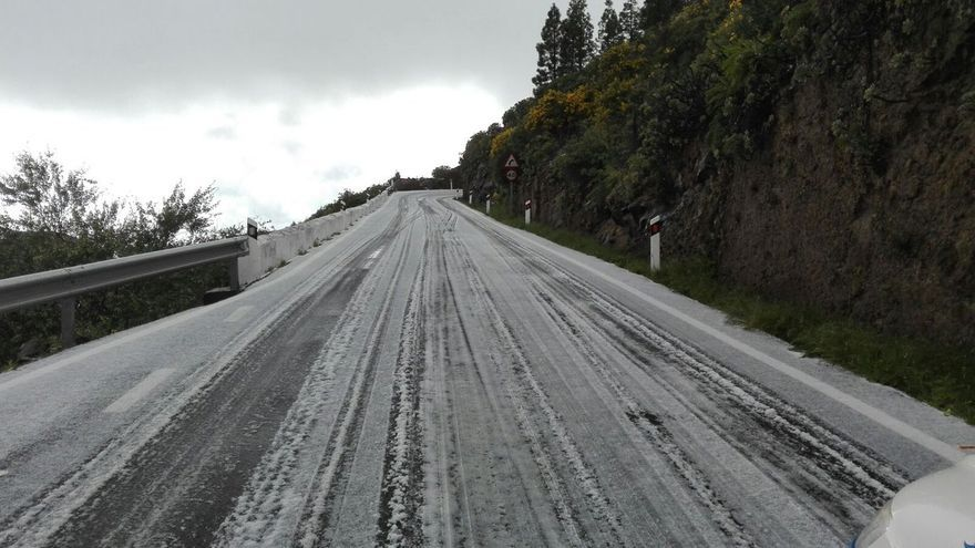 El Cabildo de Gran Canaria cierra la carretera de Las Arbejas, en Artenara