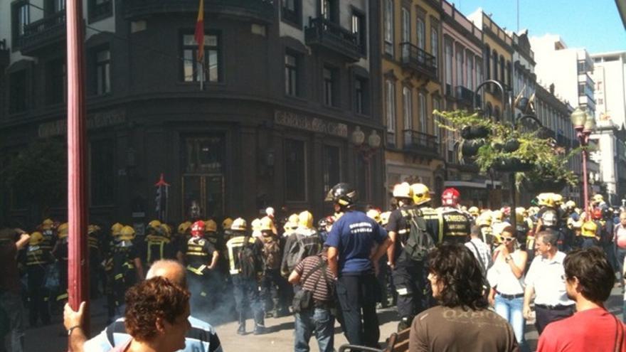 De las protesta de los bomberos #13
