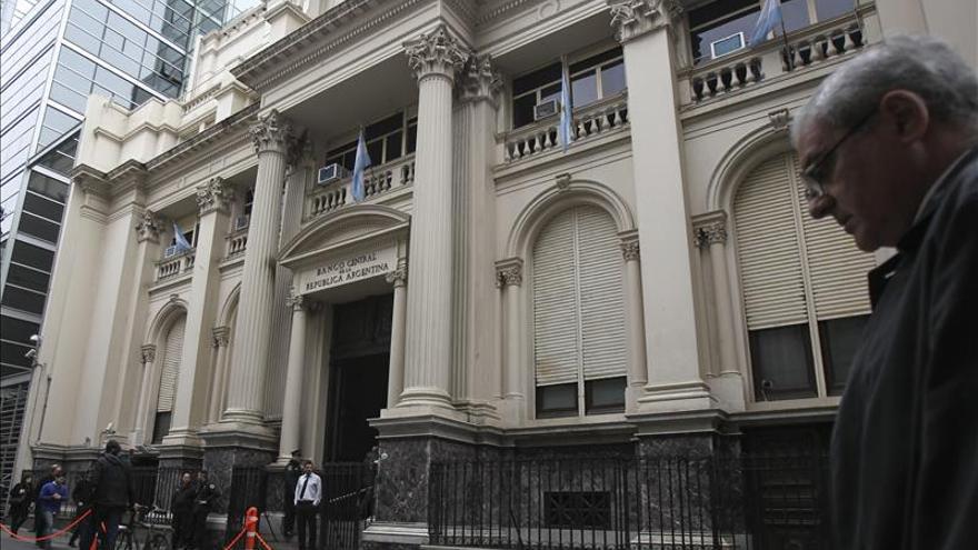 El juez defiende el allanamiento del Banco Central argentino a días de las elecciones