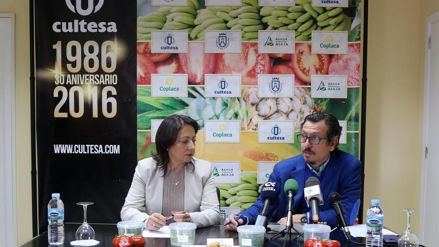 La gerente de Cultesa, Teresa Cruz, y el vicepresidente y consejero insular de Agricultura, Ganadería y Pesca, Jesús Morales.