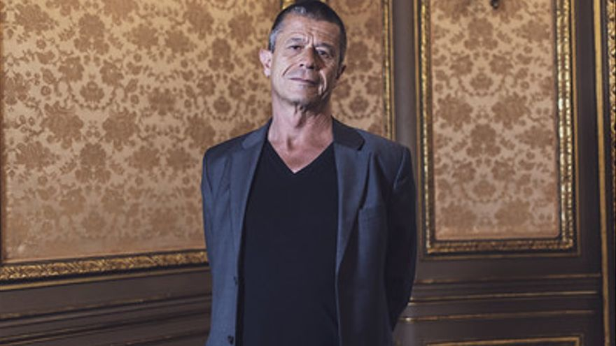 Emmanuel Carrère volvió a publicar un libro después de seis años