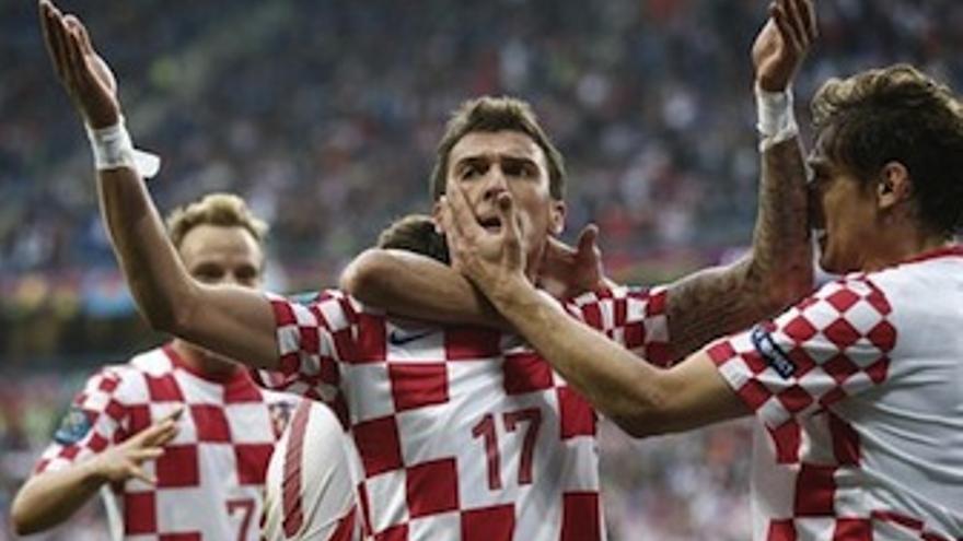 Mandzukic celebra el tanto del empate. (Europa Press)
