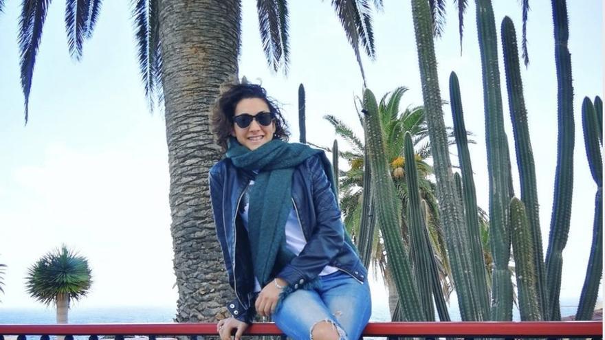Sara Pérez Alonso conduce el encuentro.