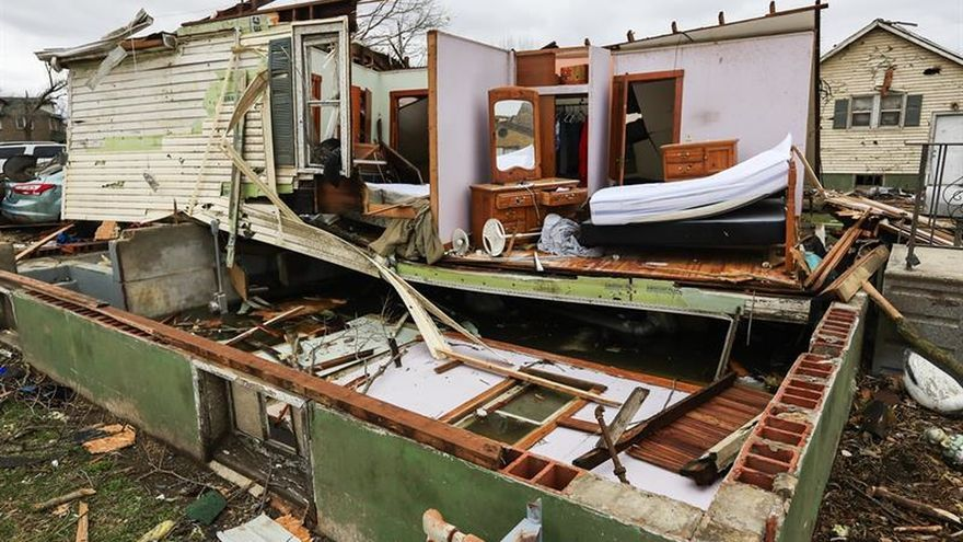 Al menos cinco muertos y cincuenta heridos en tornados en Texas (EE.UU.)