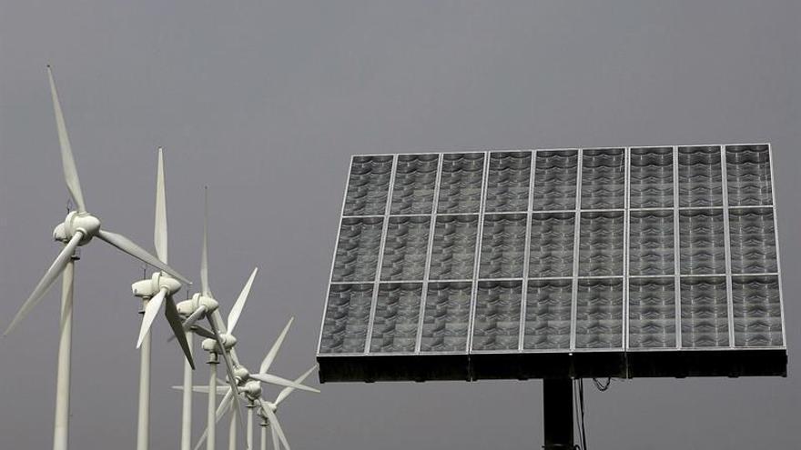 El Ciadi multa a España con 128 millones por el recorte de las primas a las renovables