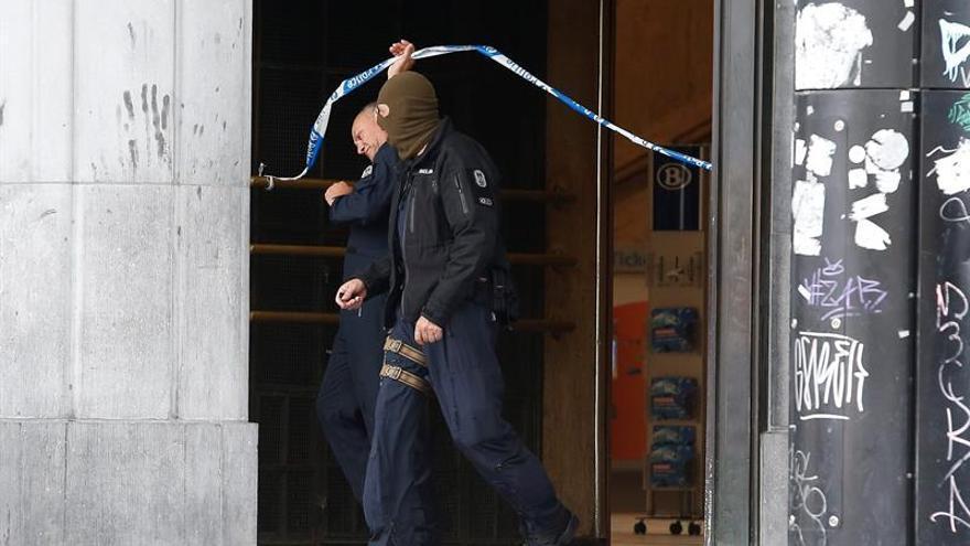Detienen a dos presuntos terroristas que planeaban atentar en Bélgica