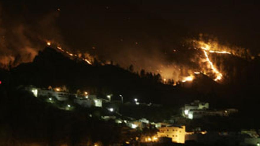 El incendió que afectó al suroeste de Gran Canaria en 2007 fue provocado. (QUIQUE CURBELO)