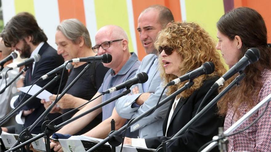 Poetas de doce países participarán en un festival en República Dominicana