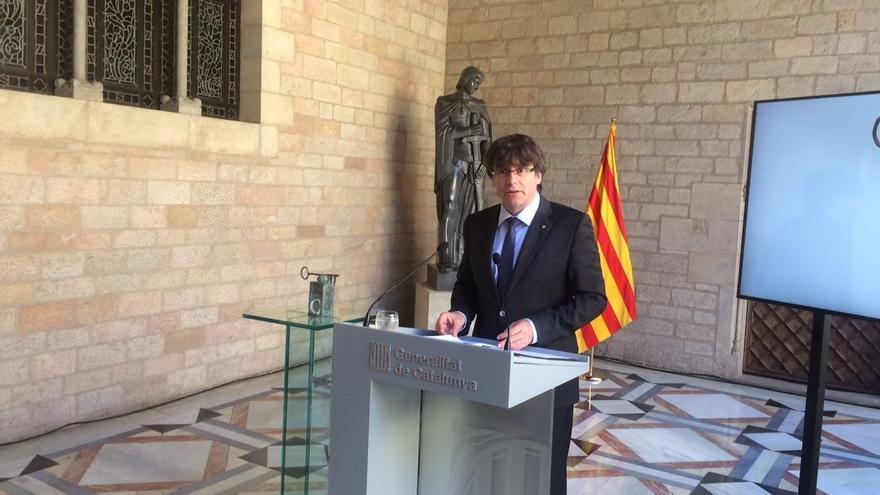 """Puigdemont arremete contra el """"Estado español"""" por querer """"perjudicar en su vida personal"""" a Mas haciéndole pagar el 9-N"""