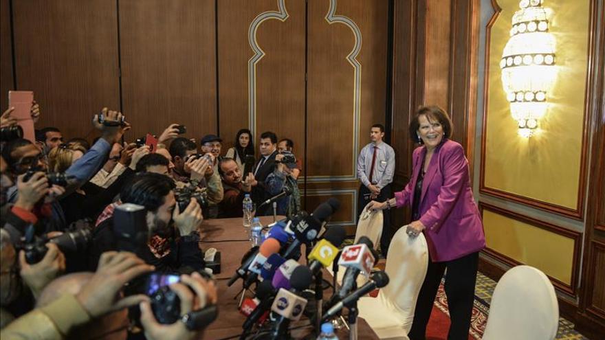 Claudia Cardinale rinde homenaje a Omar Sharif en El Cairo