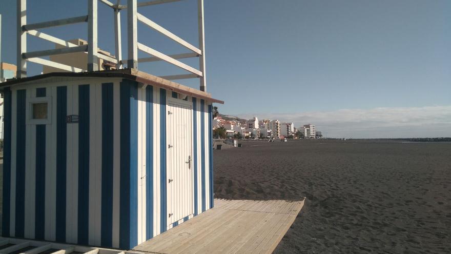 Uno de los dos puestos de vigilancia de la playa de Santa Cruz de La Palma.