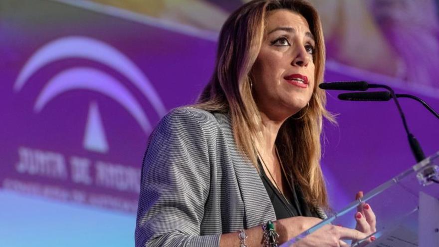 Díaz cree que el PP se ha montado su primer acto de campaña hoy en el Senado