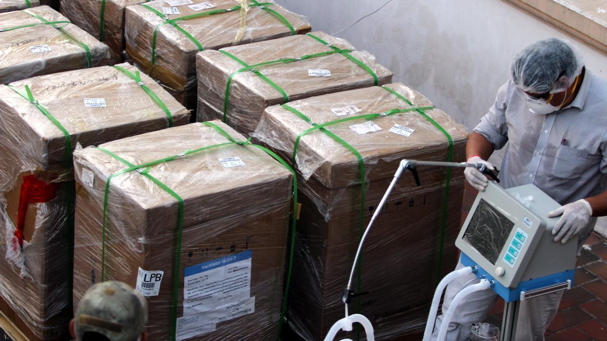 El Gobierno polaco compró 1.241 respiradores y solo recibió 200.