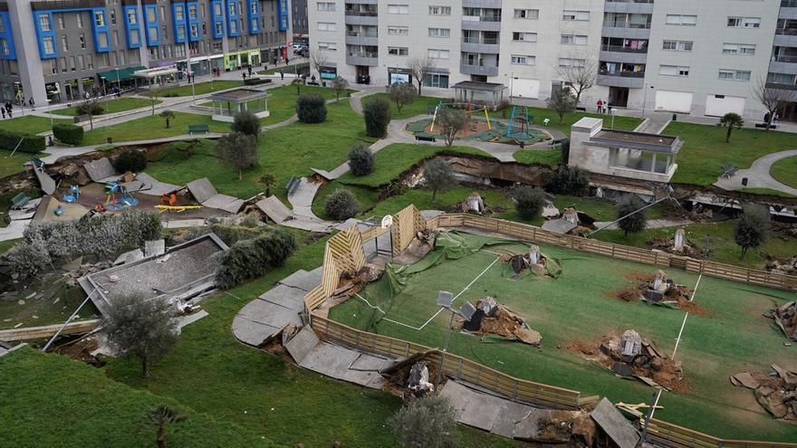 Hundimiento del parking de Nueva Montaña (Santander). | JOAQUÍN GÓMEZ SASTRE