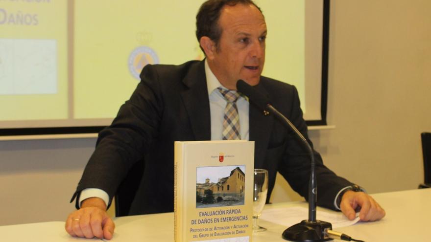 Luis Gestoso se marcha de la Dirección General de Emergencias y del PP pidiendo perdón y dando las gracias