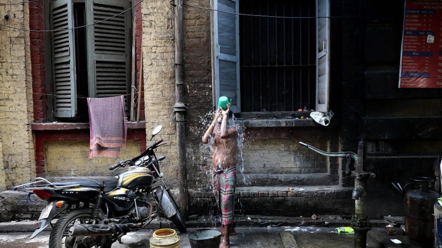 La India niega que haya un exceso de 4 millones de muertes por la covid-19