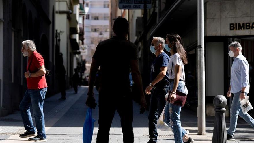 Santa Cruz de Tenerife anuncia más controles policiales y apela a la responsabilidad ciudadana para frenar la pandemia