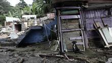 En la imagen, la vista general de los daños a varias viviendas, al oeste de San José (Costa Rica), tras el paso de la tormenta tropical Nate, el 6 de octubre de 2017.