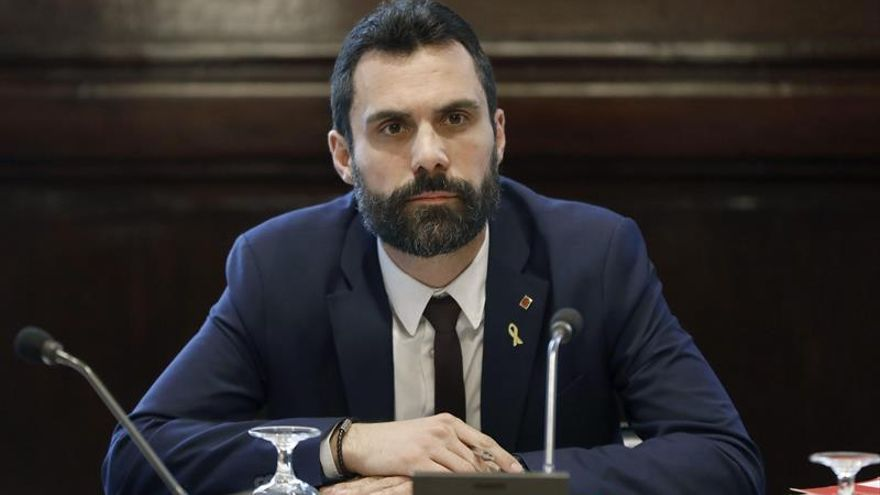 Torrent comparecerá mañana tras la renuncia de Sànchez al acta de diputado