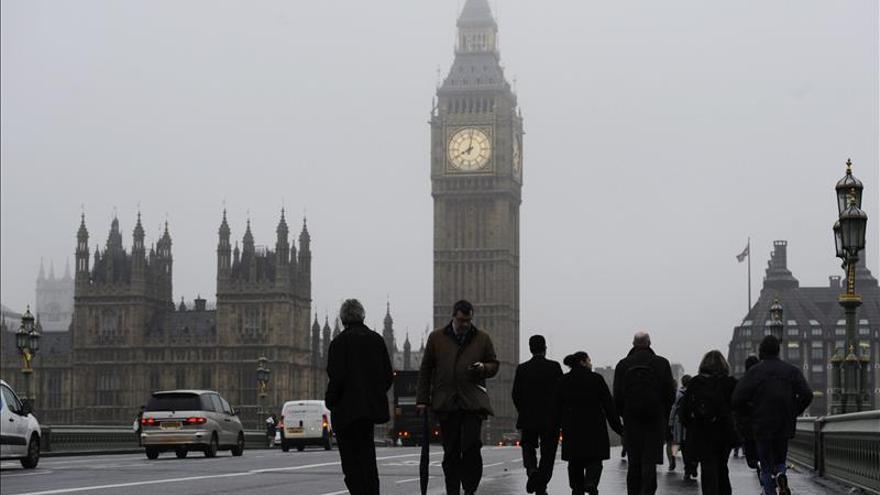 Un tribunal de Londres condena a prisión a una mujer por financiar la yihad