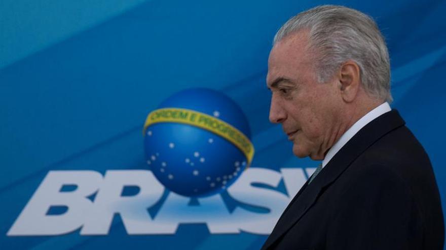 El Gobierno brasileño decreta el despido de unos 4.600 cargos de confianza
