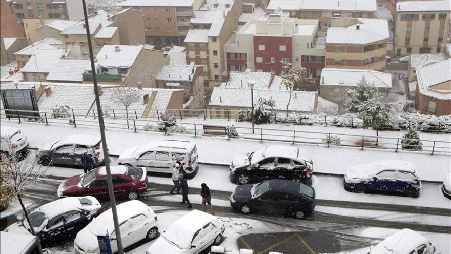 Dieciséis provincias en alerta naranja y amarilla por nieve, viento y lluvia
