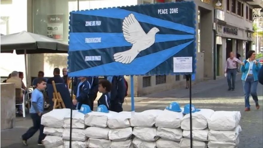 Imagen de archivo del Día Escolar por La Paz 2014 celebrado por Colectivo de  Escuelas Unitarias de la Zona Este de la Palma en la Calle Real.