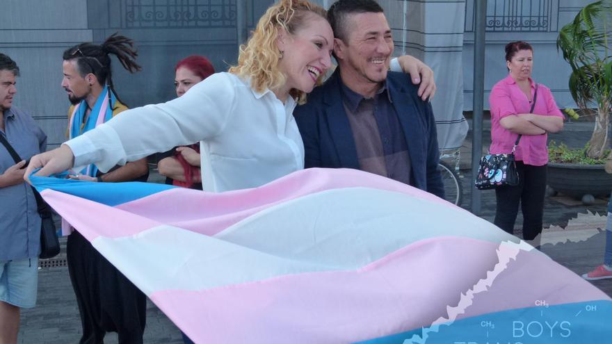 Bandera del colectivo trans, en una imagen de archivo