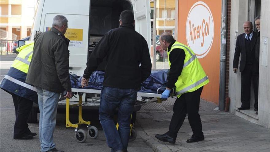 Detienen a un hijo de la mujer muerta de forma violenta en León