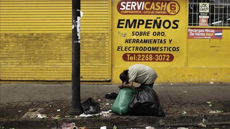 ACNUR debate planes para auxiliar a 6,5 millones de personas en América Latina