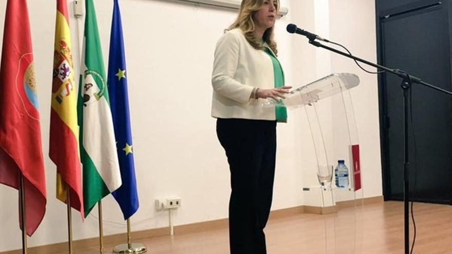 """Díaz considera un """"disparate"""" la situación en Cataluña y dice que ningún gobierno puede actuar al margen de la ley"""