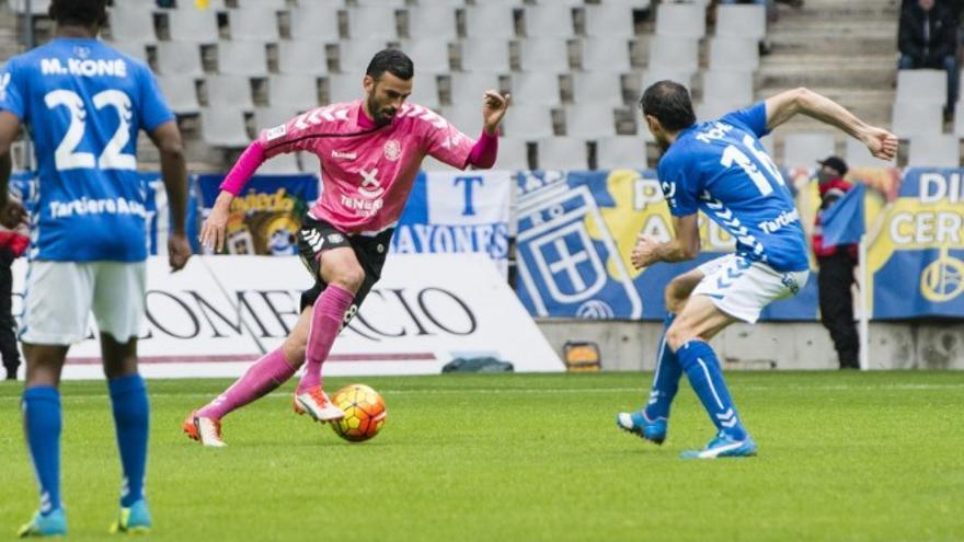 El jugador del CD Tenerife, Ricardo León.