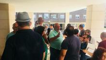 Paralizada una orden de desahucio a una familia en una vivienda de Muriedas propiedad del SAREB