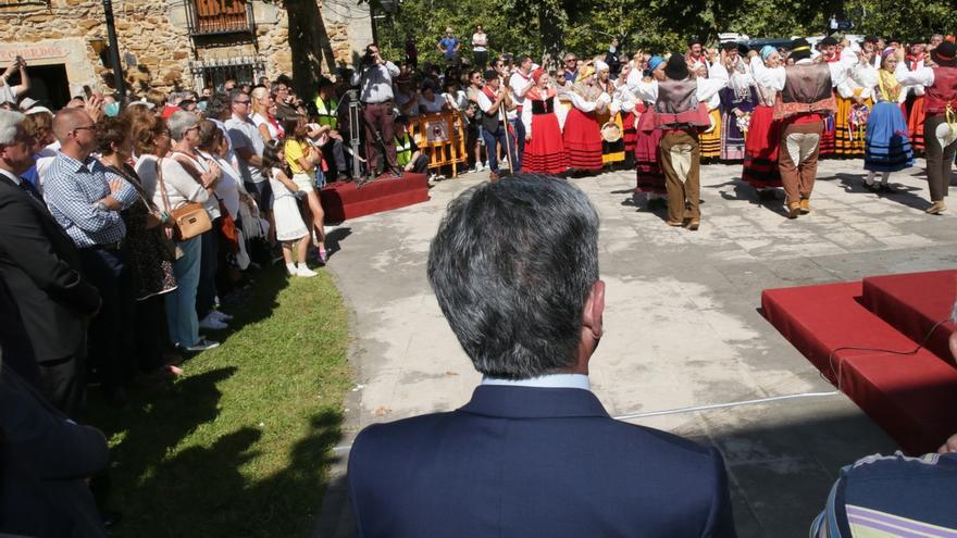 Cantabria celebra la Bien Aparecida con buen tiempo y multitudinaria asistencia a su santuario