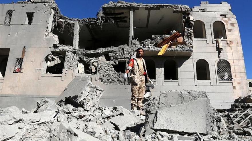 Al menos 23 muertos en un ataque de la coalición en el oeste del Yemen, según los rebeldes