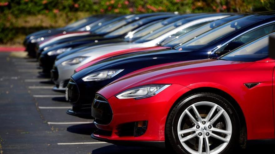 Tesla llama a revisión 53.000 Model S y Model X por un defecto en el freno