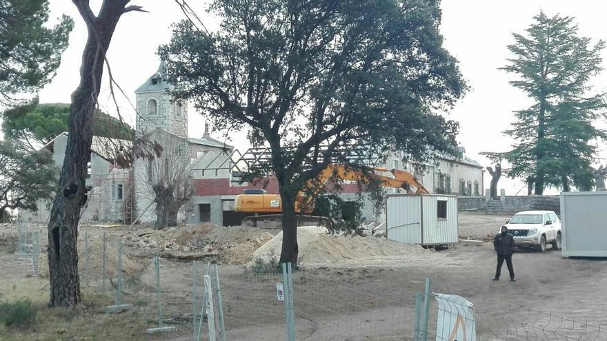 Trabajos en la zona de alta protección ambiental en Valdemorillo.