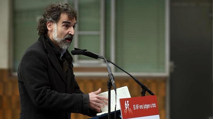 """Cuixart llama al soberanismo a """"no perder energías en mirarse de reojo"""""""