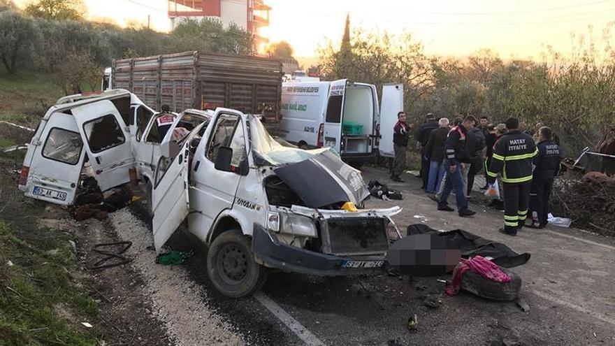 Mueren 10 refugiados sirios en un accidente en el sur de Turquía