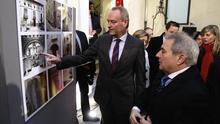 Alberto Fabra junto a Alfonso Rus en una exposición.