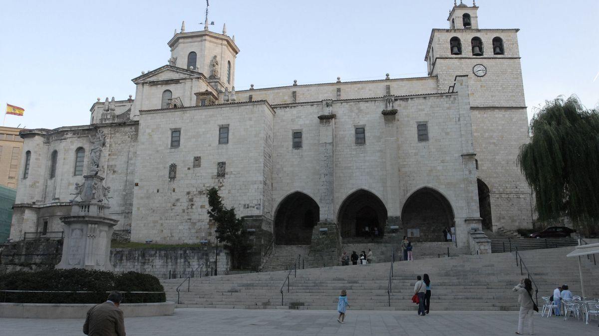 Exterior de la catedral de Santander.
