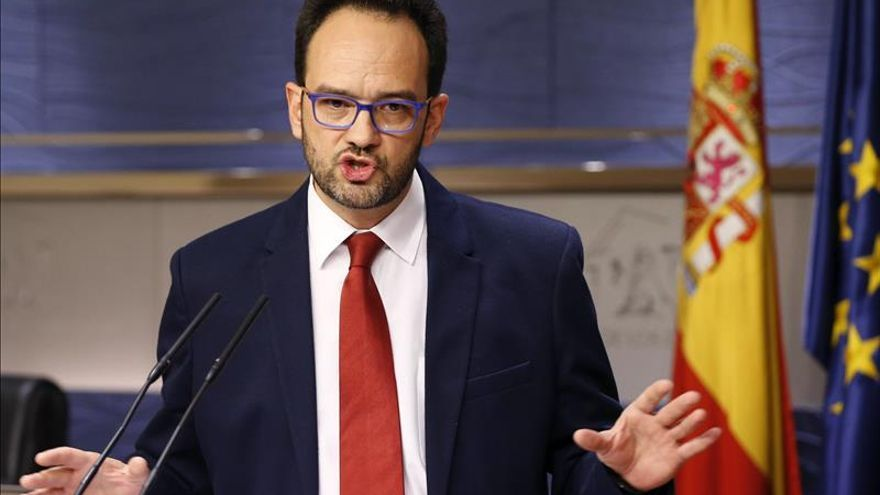 """El PSOE no ve """"ningún obstáculo"""" para un acuerdo con C's, IU y Compromís"""