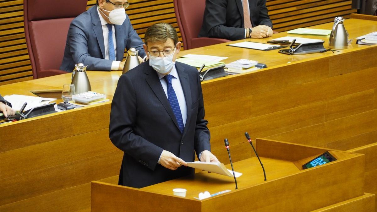 El president de la Generalitat Valenciana, Ximo Puig, en la sessió de control en les Corts Valencianes.