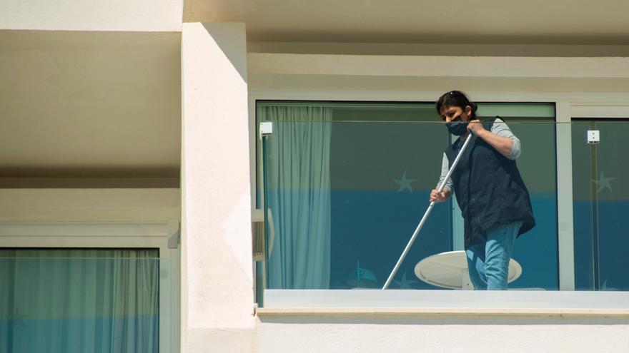 Las camareras de piso sufren el 27 % de la siniestralidad en la hotelería