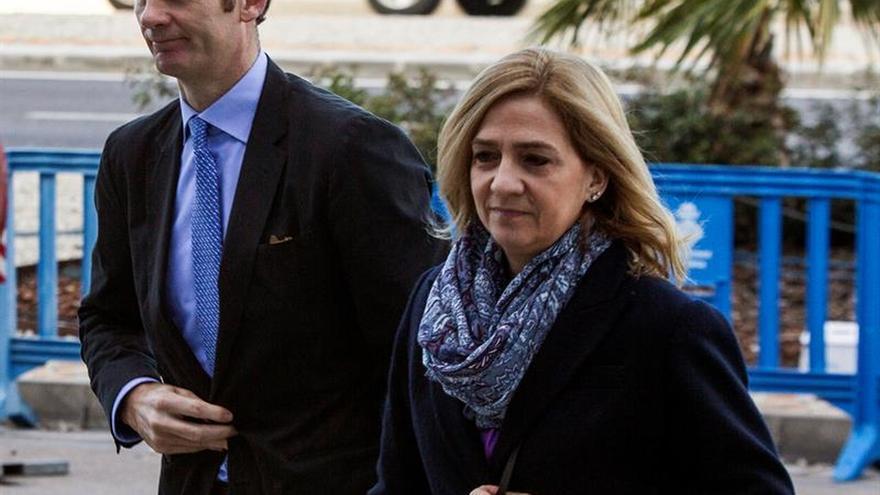 La infanta Cristina comienza a declarar como acusada en el juicio de Nóos