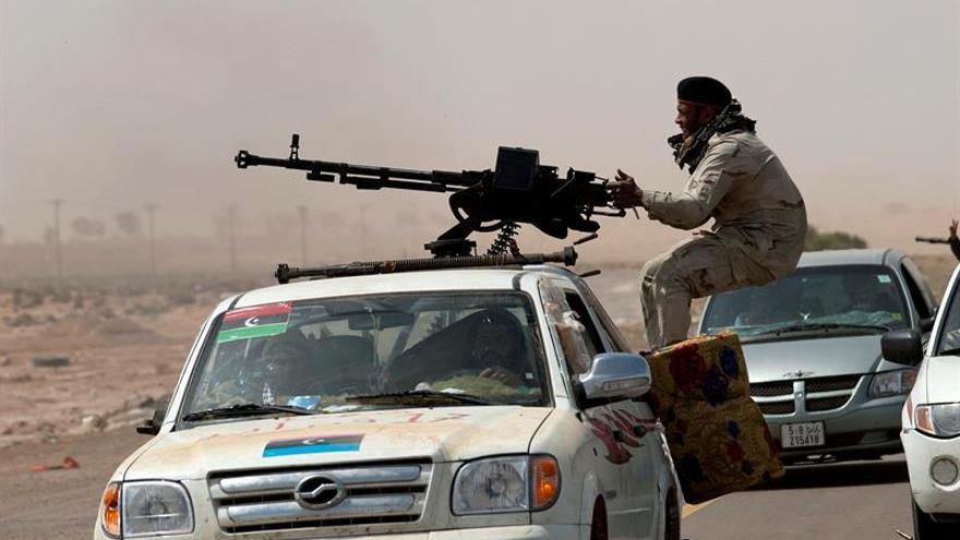 Nueve muertos en el mayor bombardeo sobre los puertos petroleros libios